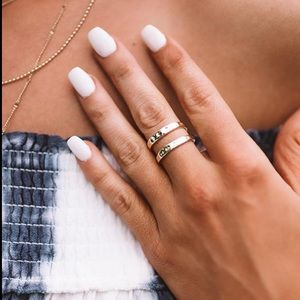 Kendra Scott Zorte ring in gold size 7